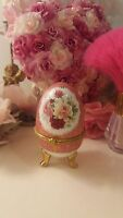 Vintage Roses Pink Treasured Trinkets Egg