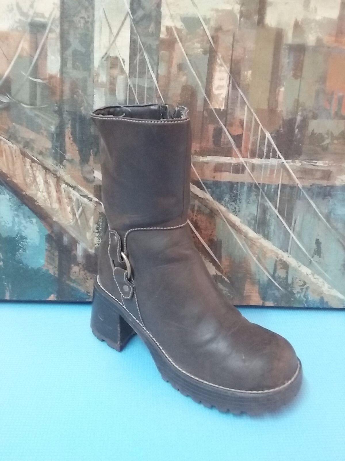 Skechers Womens SN99332 Boots Size 8.5
