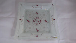 Andreas Meyer - White, Purple Glass Matzah Plate - Beautiful -Hand Made - ISRAEL