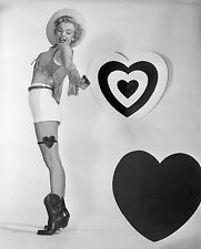 MARILYN MONROE 8X10 PHOTO PICTURE PIC HOT SEXY VALENTINE COWGIRL!
