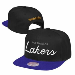 af64433551e Los Angeles Lakers Mitchell   Ness NBA Classic Script Adjustable ...