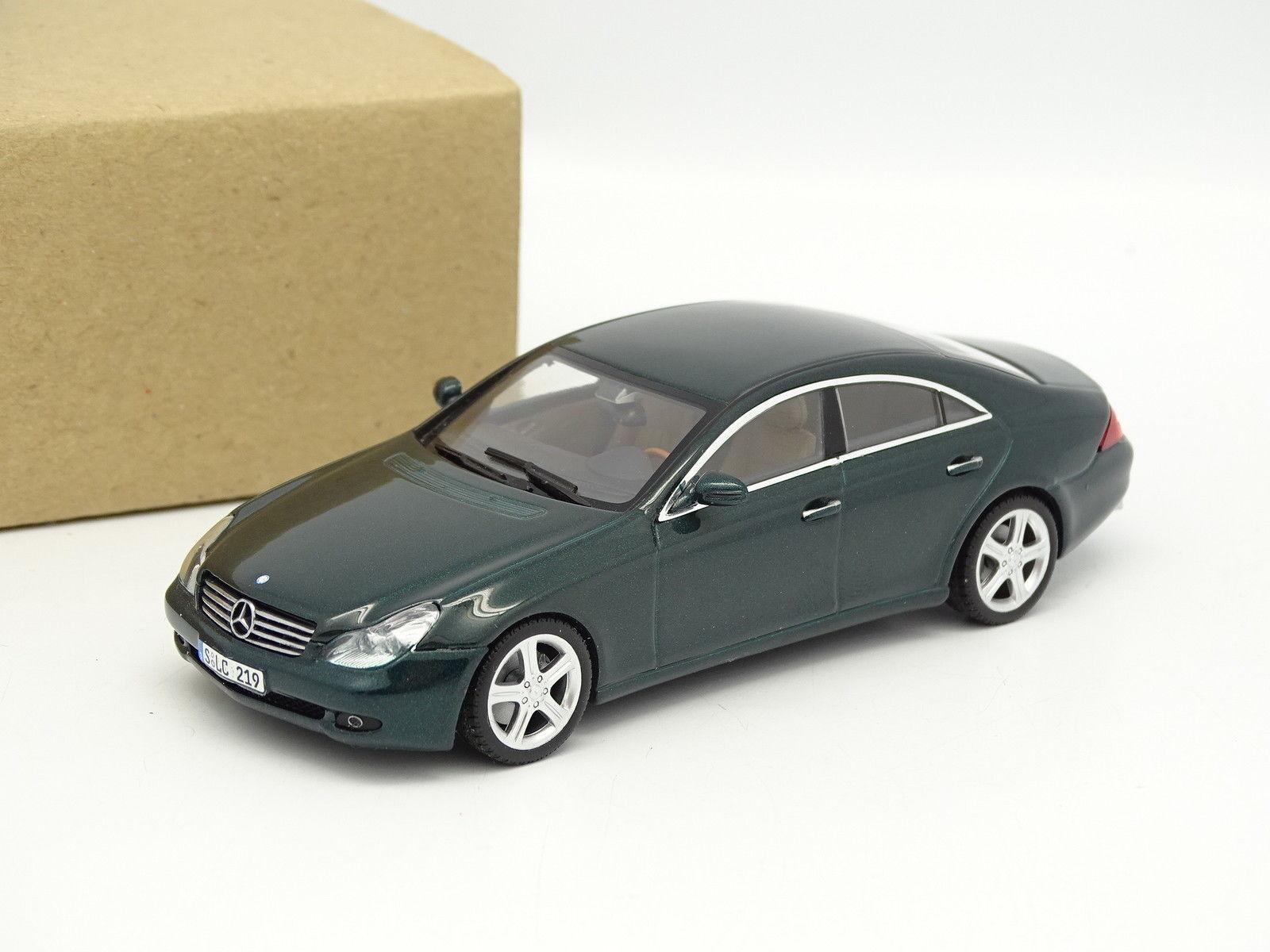 Minichamps SB 1 43 - Mercedes CLS Green