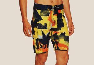 fa5f0dacd4 Volcom Men's COSTA PASTE UP Boardshorts - Size 36 - Solar - NWT | eBay