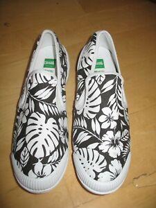 Hawaiian Design Canvas Shoes