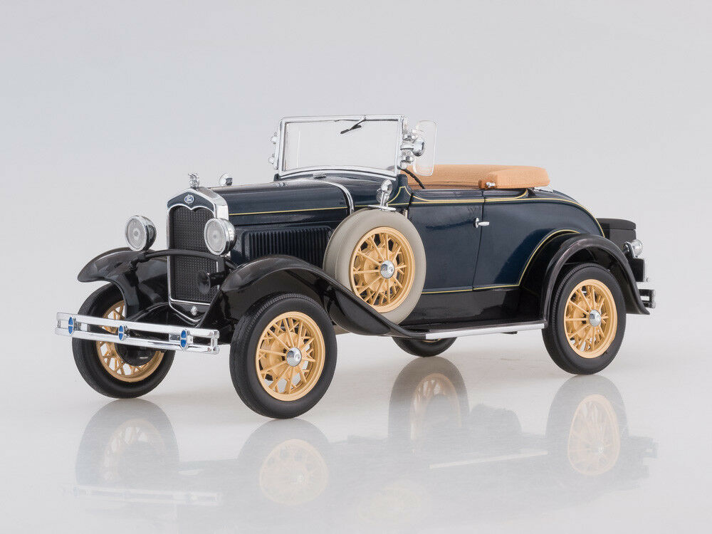 Scale model 1 18 1931 Ford Model A Roadster (Washington Blau)