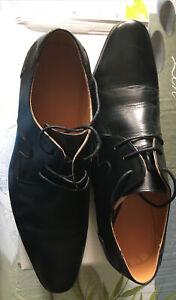 Paire de chaussures Italienne en cuir Homme T44