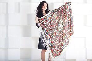 Pavlovo-Posad-style-foulard-russe-Chale-Laine-Frange-120x120-cm