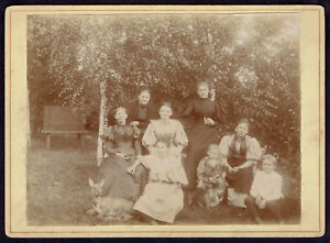 CDV-Cabinet-Photo-Group-of-Women-and-Children-with-Roe-Deer-Animals-Rare-2832