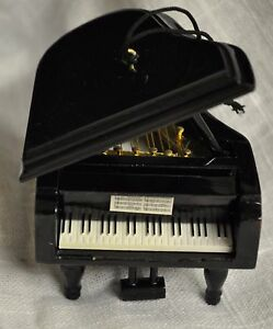 PIANO CHRISTMAS TREE ORNAMENT BABY GRAND PIANO ORNAMENT   eBay
