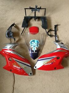 Kawasaki-ZRX1200-Fairing-Brackets-Breaking-Bike
