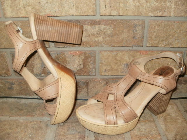 Born N68206 Crown Shanna Leather Platform Sandals SZ 42 US 10    Beige MSRP  150