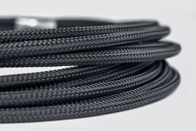 5 meters of  Shakmods Expanding Matte Braided Sleeving Cable Harness 11 Colours