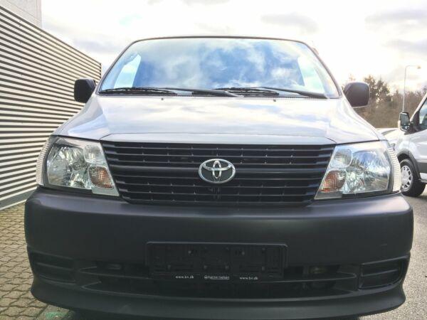 Toyota HiAce 2,5 D-4D 95 lang - billede 3