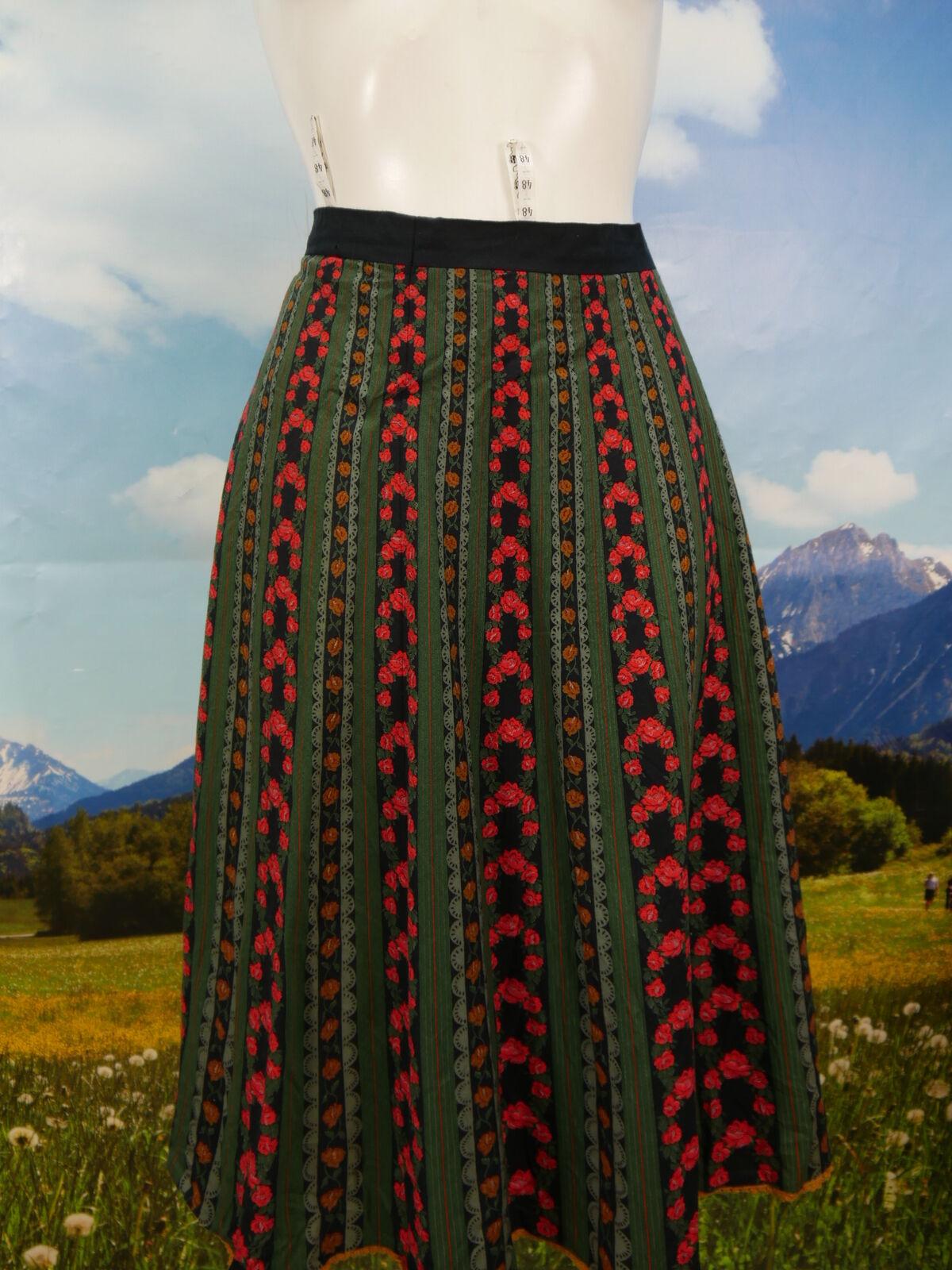 Trachtenrock schwarz Baumwolle mit Rosen bedruckt schöne Trachten Rock Gr.48