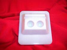 Dental Crafts Disposable 2 Well Mixing Wells 50 Pcs