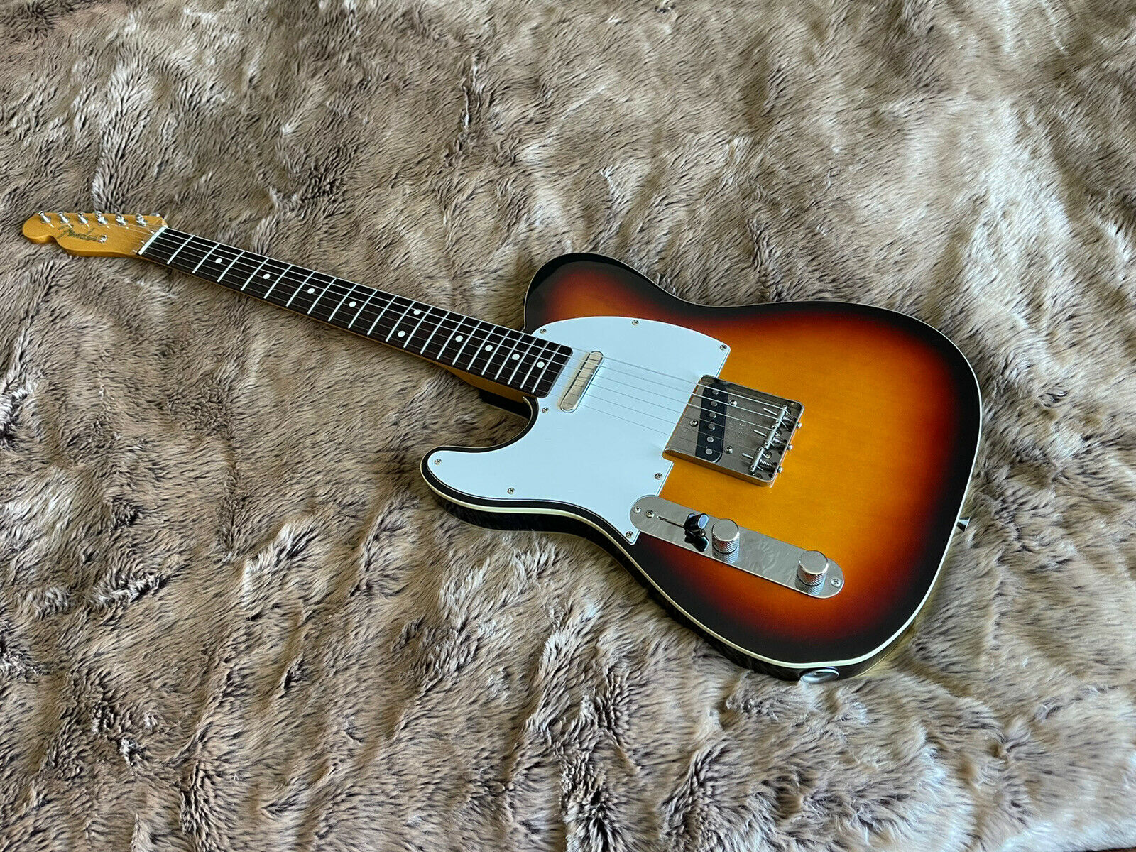 This pre-owned left handed Fender Telecaster guitar is for sale - Left handed ,lefty Fender Telecaster