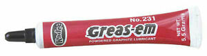 Kadee-Greas-em-Dry-Lubricant