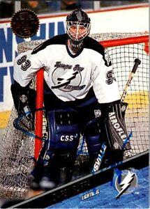 Daren-Puppa-Tampa-Bay-Lightning-Hand-Signed-1993-94-Leaf-Hockey-Card-403-NM