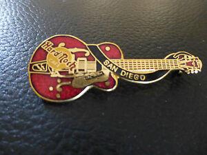 Hard-Rock-Cafe-Gitarre-San-Diego