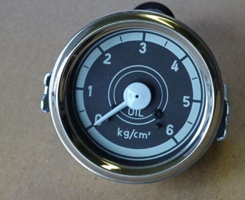 Öldruckmanometer Einbaumaß Ø60mm mit Beleuchtung für Traktor Druckanzeige 08