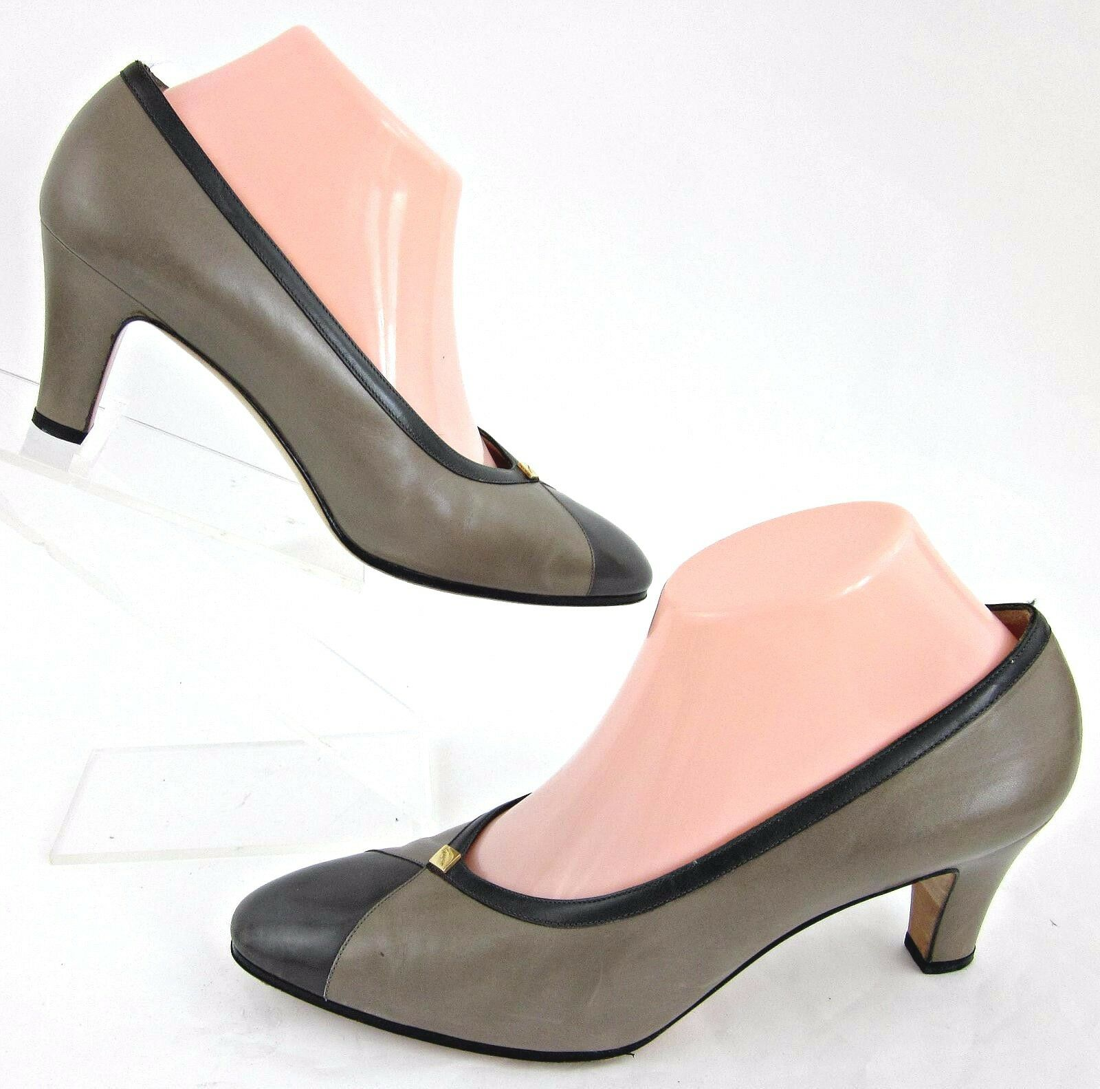 Salvatore Ferragamo For Saks Fifth Avenue Pumps Taupe & Dark Grau 8.5B