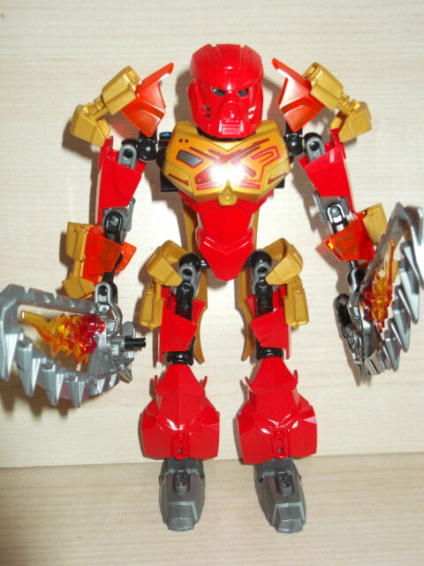Lego Bionicle 70787 Tahu Master of Fire 100% complete with gold mask