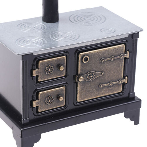 Mini Simulate Iron Hearth with Long Chimney for 1:12 Doll House Decoration RZ