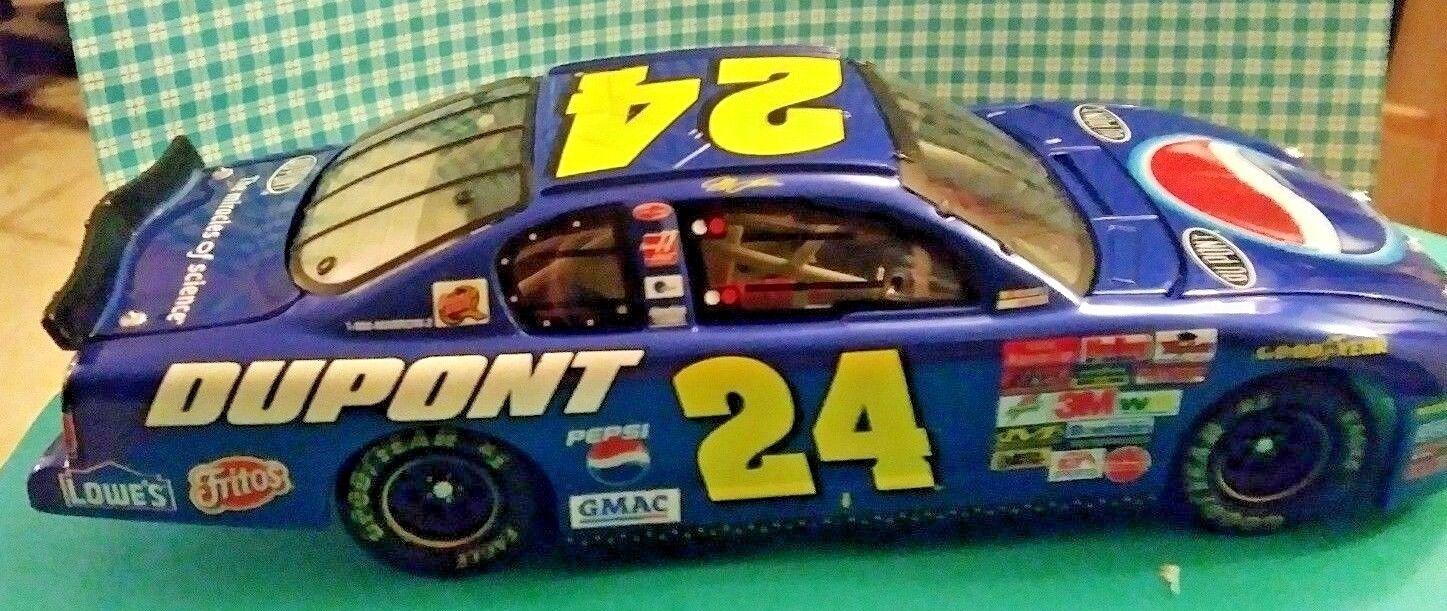 Action NASCAR 2002Jeff Gordon DuPont Pepsi sizedega Monte Carlo 1 24 Scale
