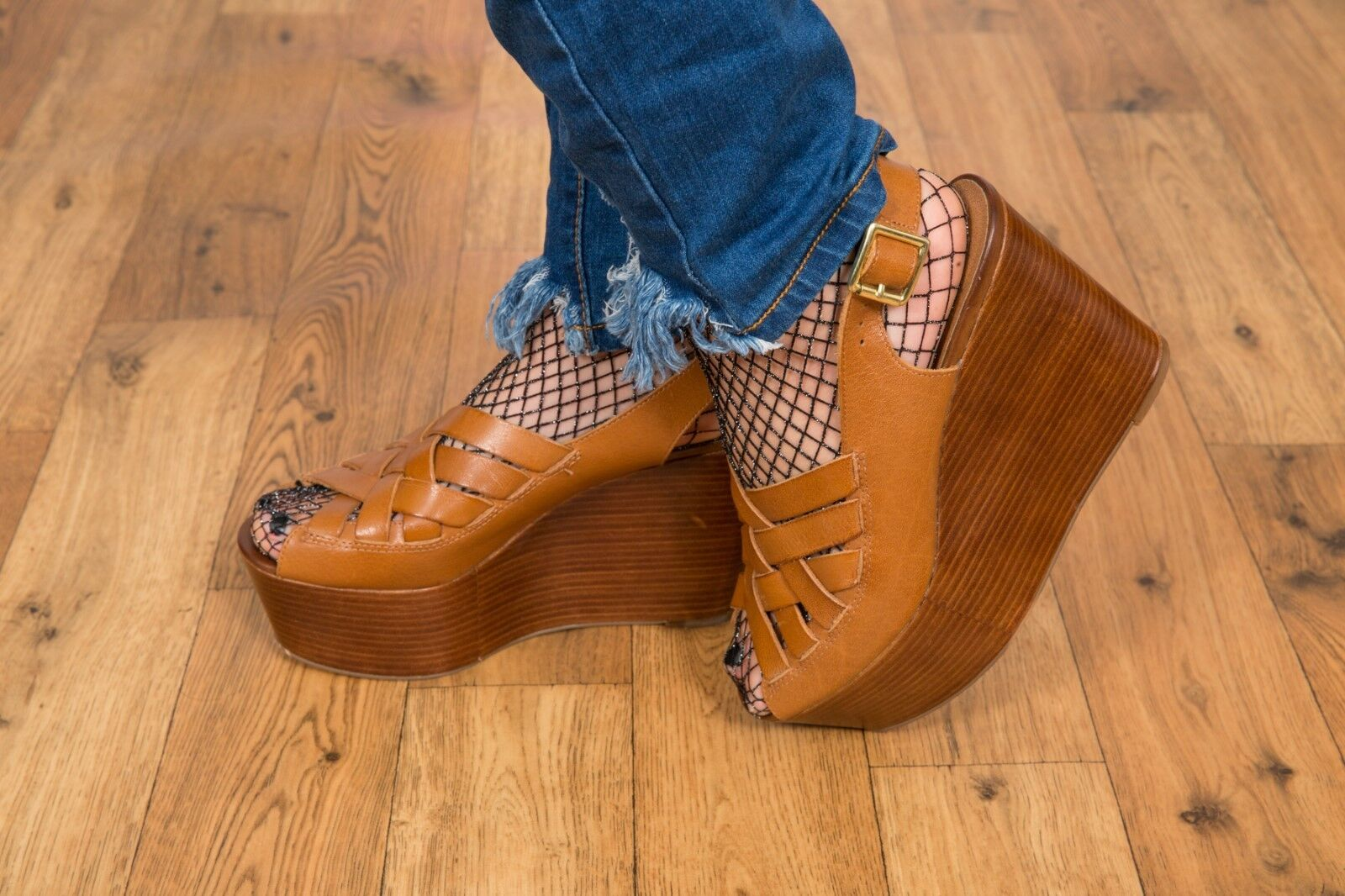 Chunky tan leather open toe lattice lattice lattice platform wedges TOPSHOP Größe 7 df4537