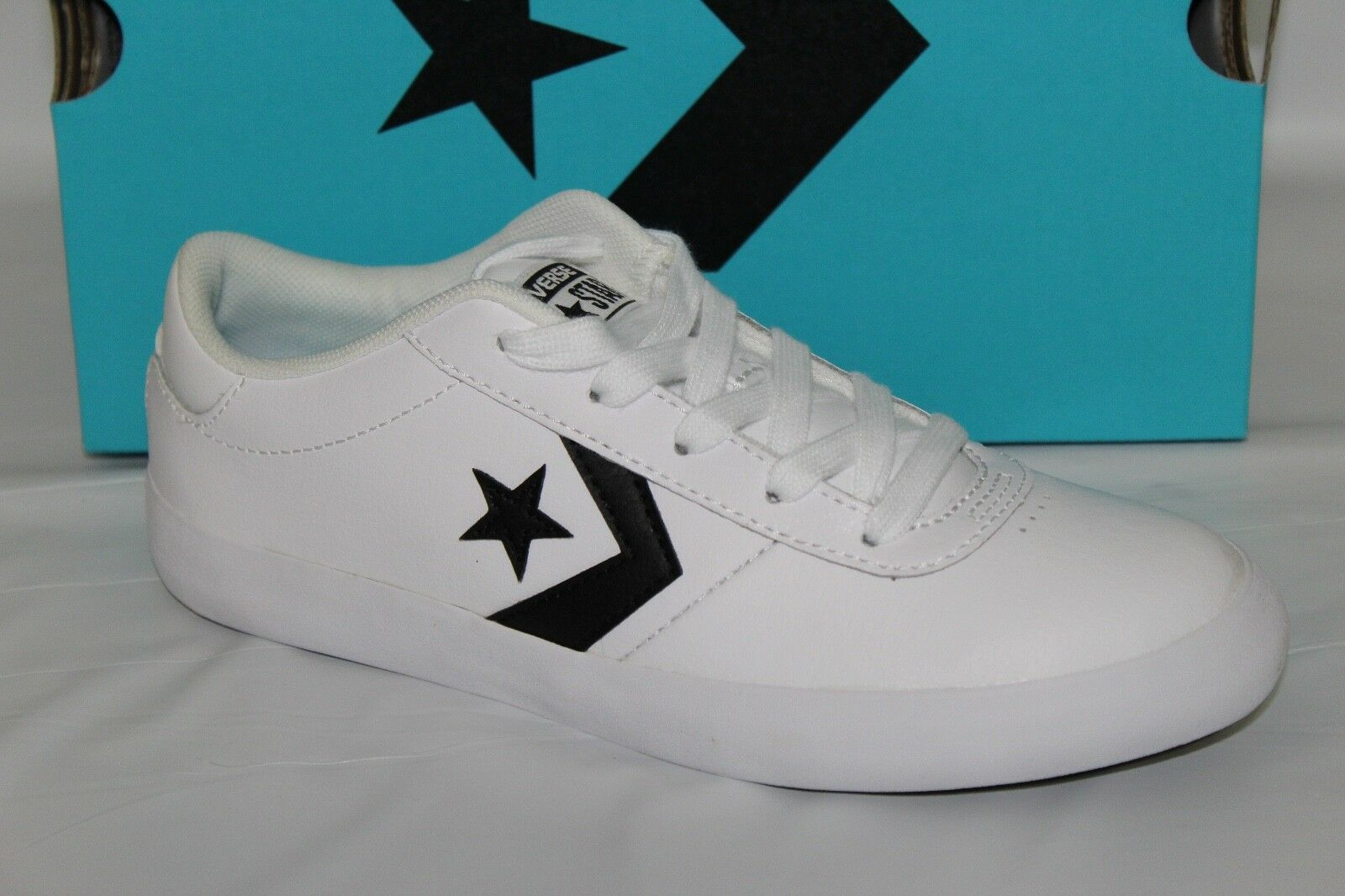 STAR OX YOUTH SHOES, SIZE 3Y, WHITE