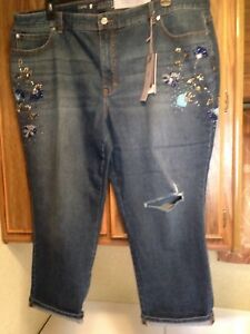 1fee0d22f0a Image is loading WOMANS-JENNIFER-LOPEZ-STRETCH-DENIM-JEWELED-RIPPED-CAPRIS-
