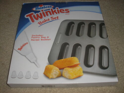 New Hostess Twinkie Bake Set Includes Pastry Bag /& Recipe Booklet