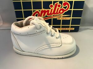 White LEATHER Walking Shoes Classic Style Infants Size 4 E