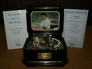 2003-Elvis-Presley-039-s-Graceland-Collectible-Music-Box-Plays-Love-Me-Tender-COA