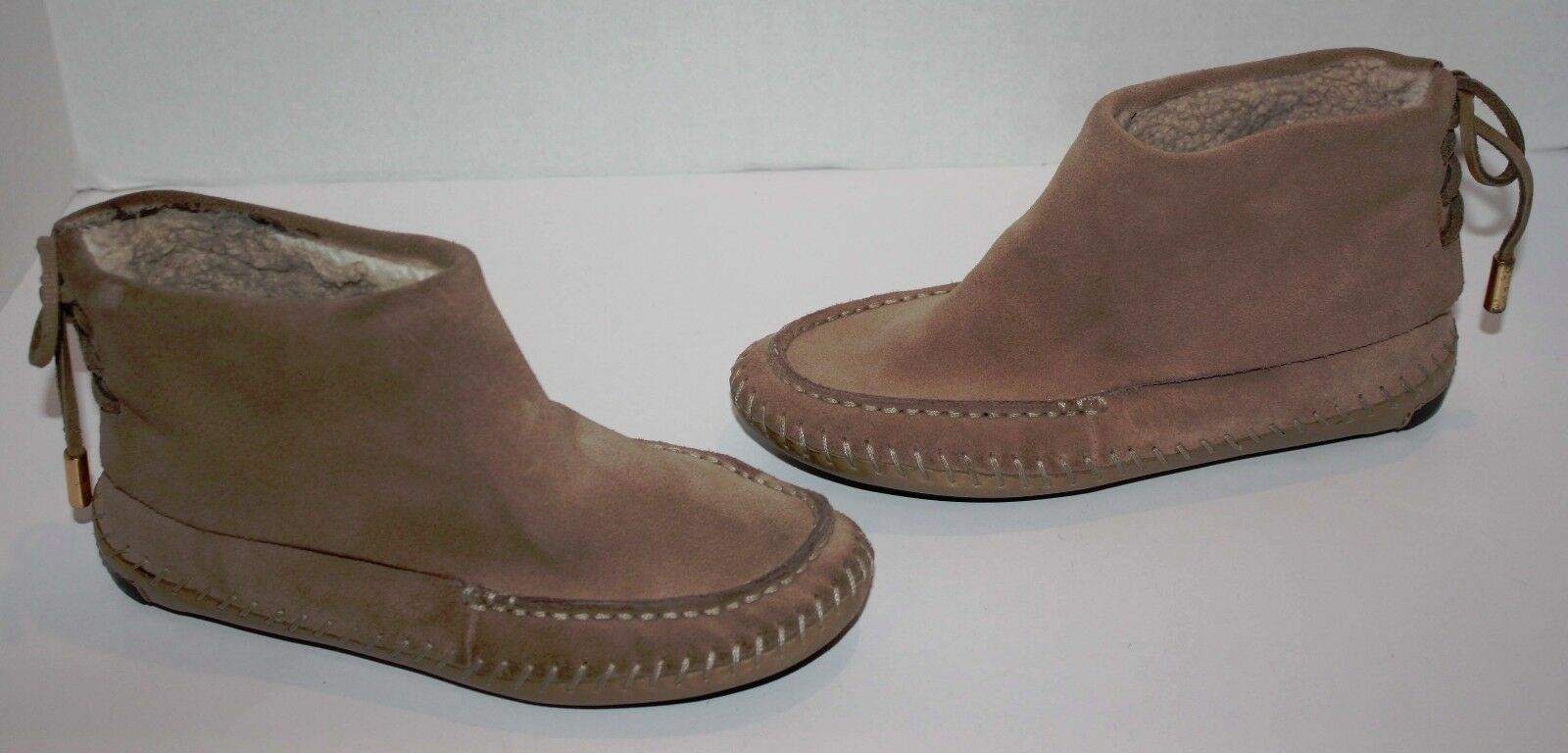femmes Tory Burch Sand marron Suede Leather Moccasin Ankle démarrageies Taille 6