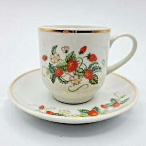 Vintage-1978-Avon-Strawberries-Demitasse-Cup-and-Saucer-22K-Gold-Trim-Brazil