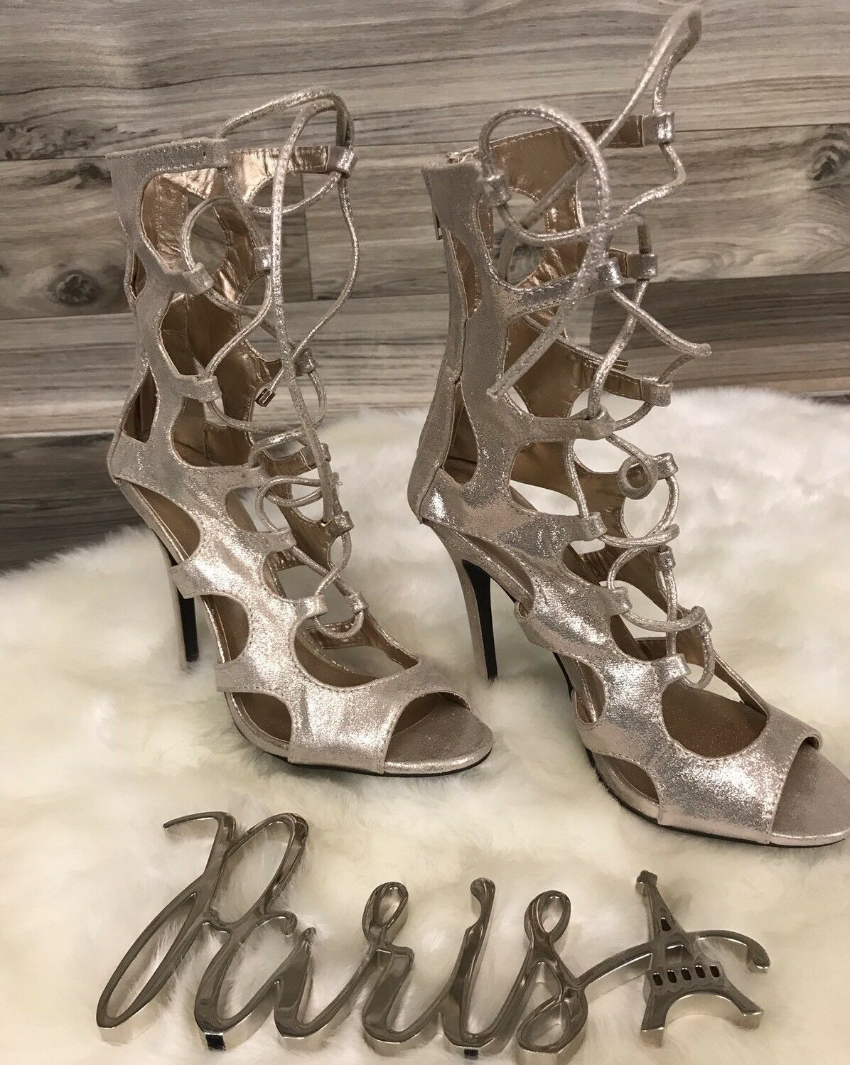 Dream Pairs Gladiator stiletto shiny gold color size 8 1 2 Sexy heels B2