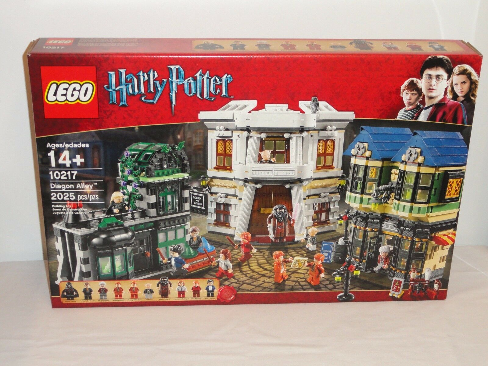 NEW LEGO HARRY POTTER 10217 Diagon Alley Retired Complete Sealed Box 2011