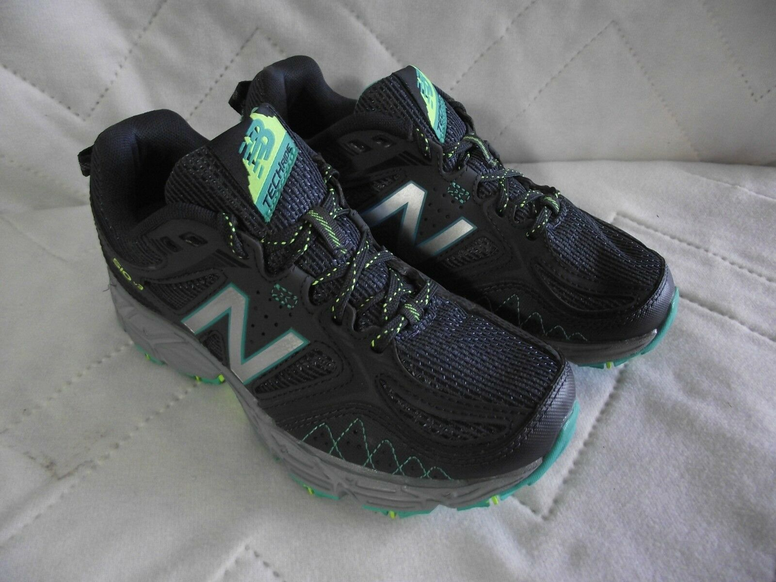 New Balance 510 V3 Running shoes Womens Size 5 WT510LB3 Navy Aqua EUC