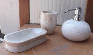 Bagno In Pietra Bianca : Set bagno in pietra bianca tre pezzi dispenser portasapone porta