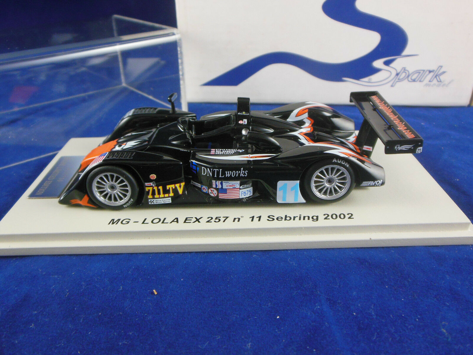 SPARK Minimax SCMG 04 MG LOLA EX 257  11 Sebring 2002 KNIGHT HAWK RACING