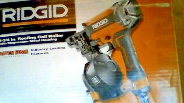 RIDGID 1-3//4 in Roofing Coil Nailer