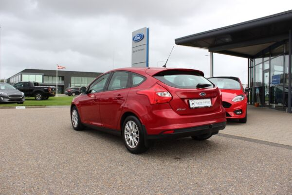 Ford Focus 1,6 Ti-VCT 105 Trend billede 2