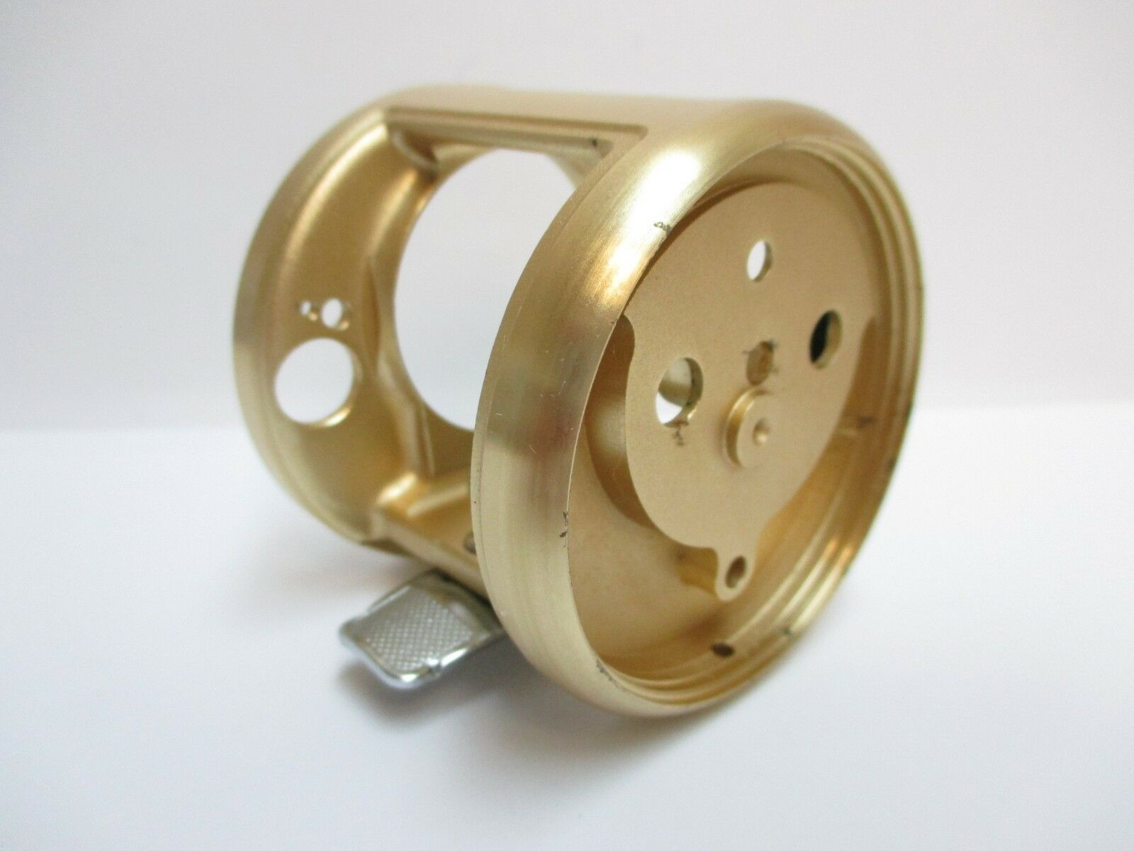 SHIMANO BAITCASTING REEL PART - BNT1914 Calcutta 150 - Frame -Imperfect  A