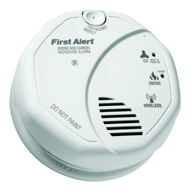 Lot of 2 First Alert Smoke Detector and Carbon Monoxide Dete