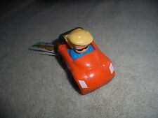 1 NWT Little People Wheelies U See What U Get Blonde Sunglasses Boy Orange Car