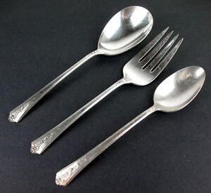 3-Pc-Meat-Fork-Berry-Serving-Spoons-Holmes-amp-Edwards-Spring-Garden-1949