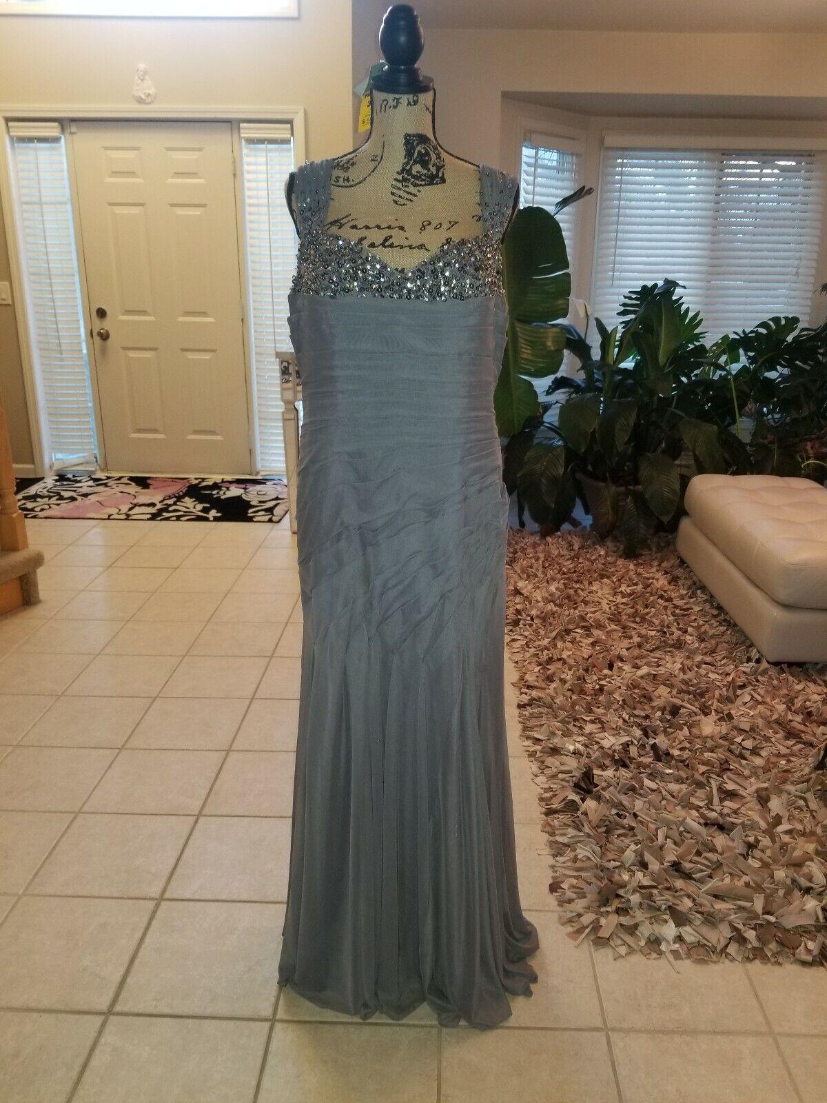 Rina Di Montella  impresionante Vestido con Cuentas formal de gala. Excelente Estado  punto de venta