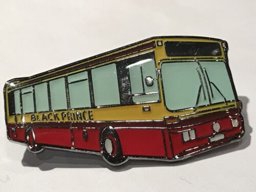 Black Prince Buses Mercedes-Benz Optare Prisma Metal Bus Pin Badge Morley Leeds