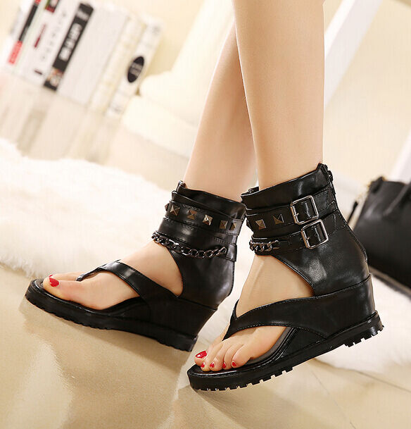 Punk Gothic gladiators Wouomo Thongs Metal Decor Wedge Heels Sandals scarpe Dimensione